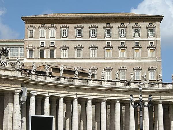 バチカン宮殿の画像 p1_21